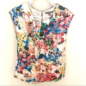 Tinley Road Sz Small Floral Top pleated neck